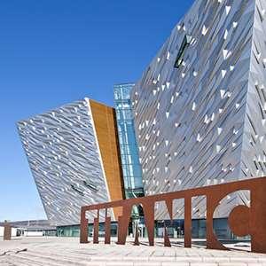 Belfast City Tour and Titanic Exhibition