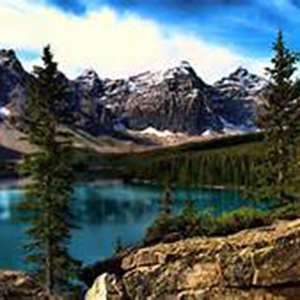 Canyons and Peaks -  Moraine Lake Tour
