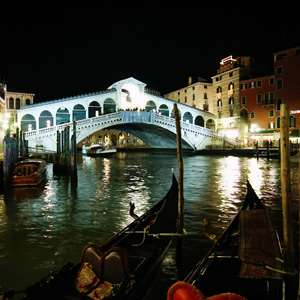 A Venetian Night Out Via The Grand Canal