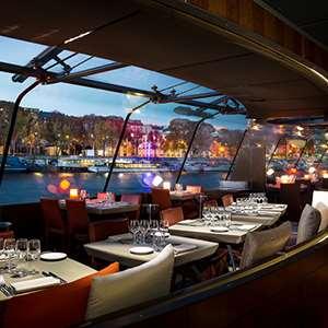 Romantic Dinner Cruise on the Seine (Service Premier)