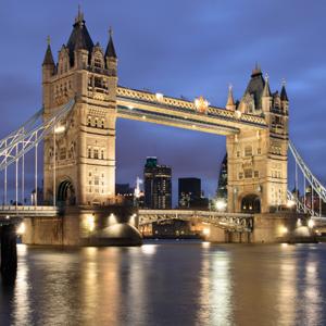 A Week In London (DL)