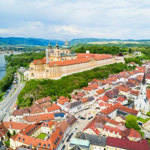 A Taste of the Danube with 2 Nights in Vienna (Westbound)