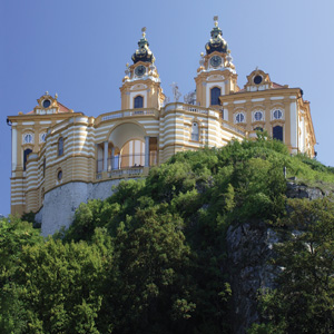 A Taste of the Danube with 2 Nights in Budapest & 2 Nights in Vienna (Westbound)
