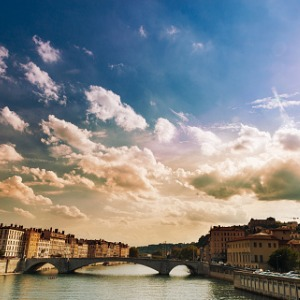 Burgundy & Provence with 2 Nights in Nice & 3 Nights in Barcelona (Southbound)
