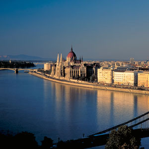 THE BLUE DANUBE DISCOVERY FROM BUDAPEST TO PRAGUE
