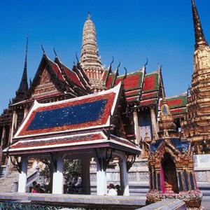 Wat Phra Kaew (Emerald Buddha Temple)