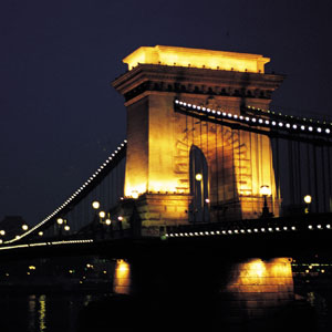 The Széchenyi Chain Bridge spanning the River Danube in Budapest