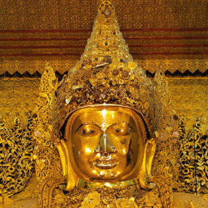 Mahamuni Buddha, Mandalay, Myanmar
