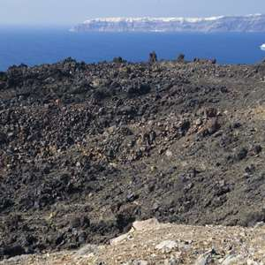 Cruise to Santorinis Volcanoes and Hot Springs
