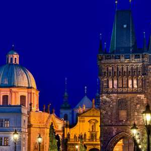 Illuminated Prague with Tavern Visit