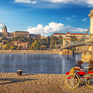 Budapest on Two Wheels: City Highlights