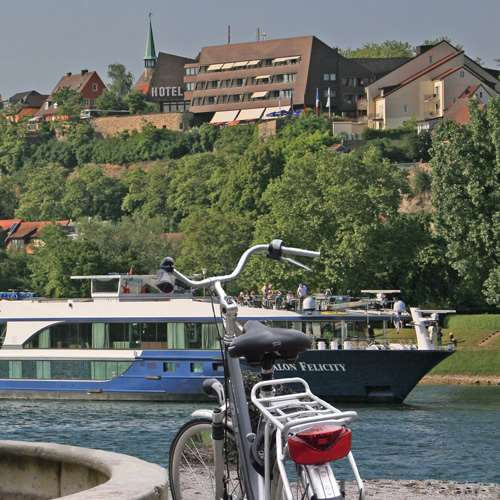 Breisach on Two Wheels: Along he Hills of Kaiserstuhl
