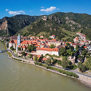 Wachau Valley Flightseeing with Castle Picnic