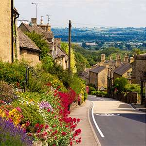Scenic Cotswolds drive and pub visit