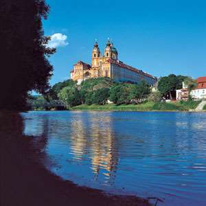 Wachau Valley with Danube Cruise