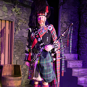 Scottish Night with Bagpipers and the Ceremony of the Haggis