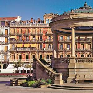 Charm of Pamplona with Tapas Dinner