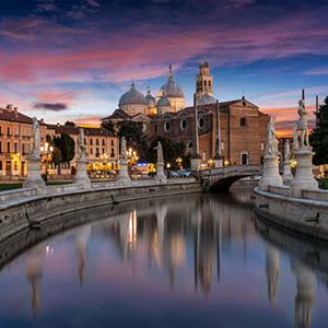 Discover Padua with Aperitif & Italian Dinner