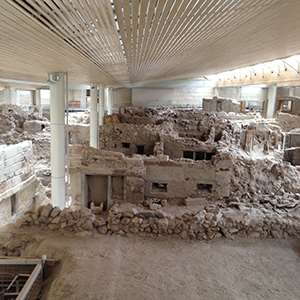 Akrotiri Tour: Explore the Lost City of Atlantis