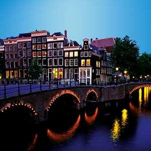 Amsterdam Dinner and Illuminations Cruise
