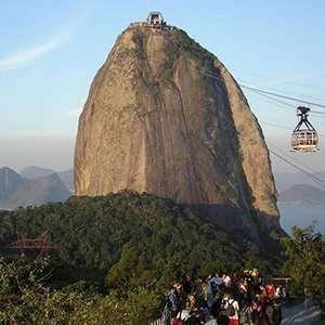 Panoramic City Tour & Visit to Sugar Loaf Mountain