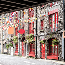 SIP: Irish Stories & Spirited Swigs