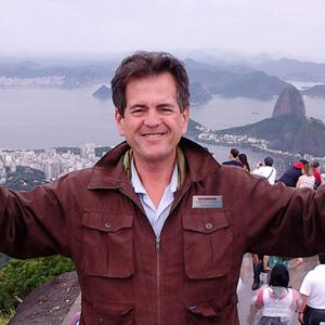 Tour Director - FERNANDO CASARIEGO