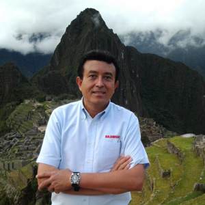Tour Director - MAURICIO YONFA-ESTUARDO