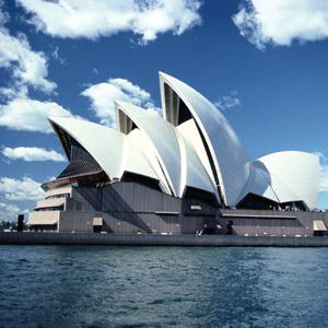 EXPLORING AUSTRALIA (PX)