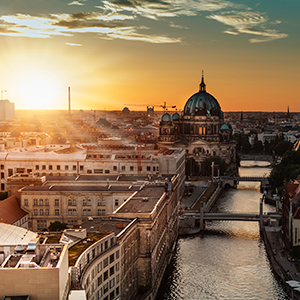 Bohemian Dream With Berlin (RFE)