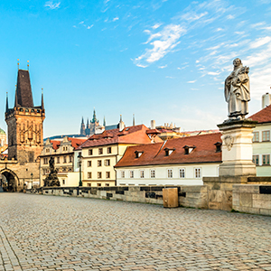 Active & Discovery on the Danube with 3 Nights Prague – Eastbound