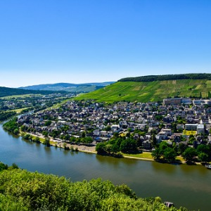 Once upon Three Rivers: the Rhine, Moselle & Main with 2 nights in London and 2 nights in Paris