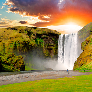 GEMS OF ICELAND WITH WHALE WATCHING (ZRS)